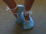 YarnLove: Cozy Dozy CrochetSlippers